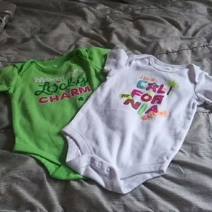 Other - 🔽$6 Bundle 2 Onesies 3 to 6 mon